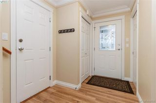 Photo 3: 2731 Cornerstone Terrace in VICTORIA: La Mill Hill Single Family Detached for sale (Langford)  : MLS®# 406656