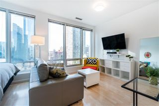 "Main Photo: 705 989 NELSON Street in Vancouver: Downtown VW Condo for sale in ""ELECTRA"" (Vancouver West)  : MLS®# R2349361"
