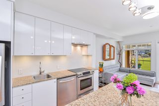 Photo 4: 218 1375 Bear Mountain Parkway in VICTORIA: La Bear Mountain Condo Apartment for sale (Langford)  : MLS®# 407561