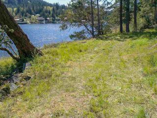 Photo 4: LOT B DANIEL Road in Garden Bay: Pender Harbour Egmont Home for sale (Sunshine Coast)  : MLS®# R2364110