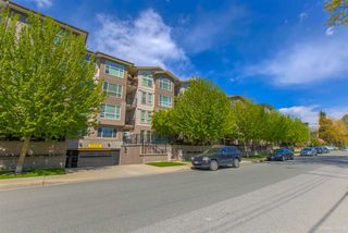 "Photo 18: 318 2343 ATKINS Avenue in Port Coquitlam: Central Pt Coquitlam Condo for sale in ""PEARL"" : MLS®# R2364906"