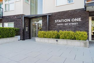 """Main Photo: 406 12070 227 Street in Maple Ridge: East Central Condo for sale in """"STATION ONE"""" : MLS®# R2369187"""