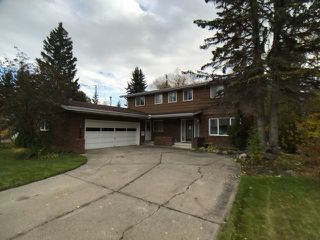 Main Photo: 43 Fairway Drive in Edmonton: Zone 16 House for sale : MLS®# E4162628