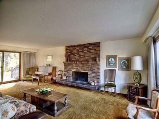 Photo 3: 43 Fairway Drive in Edmonton: Zone 16 House for sale : MLS®# E4162628