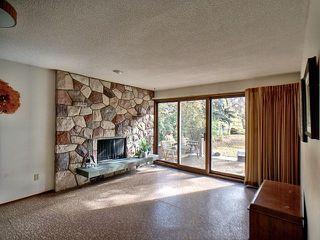 Photo 2: 43 Fairway Drive in Edmonton: Zone 16 House for sale : MLS®# E4162628
