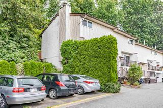 "Photo 2: 13 32705 FRASER Crescent in Mission: Mission BC Townhouse for sale in ""BLACK BEAR ESTATES"" : MLS®# R2382548"