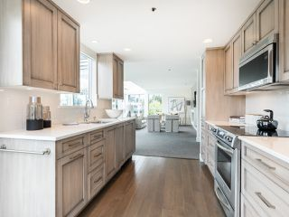 "Photo 14: 407 1551 MARINER Walk in Vancouver: False Creek Condo for sale in ""LAGOONS"" (Vancouver West)  : MLS®# R2383720"