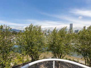 "Photo 29: 407 1551 MARINER Walk in Vancouver: False Creek Condo for sale in ""LAGOONS"" (Vancouver West)  : MLS®# R2383720"