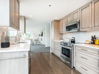 "Photo 15: 407 1551 MARINER Walk in Vancouver: False Creek Condo for sale in ""LAGOONS"" (Vancouver West)  : MLS®# R2383720"