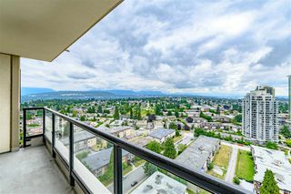"Photo 7: 2303 7063 HALL Avenue in Burnaby: Highgate Condo for sale in ""EMERSON"" (Burnaby South)  : MLS®# R2387391"