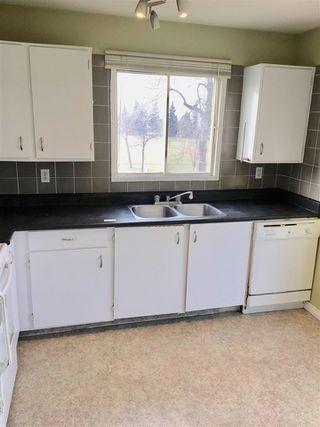 Photo 4: 2 Fairchild Drive: St. Albert House for sale : MLS®# E4168476