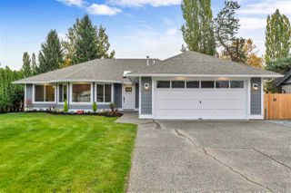 Main Photo: 21642 50 Avenue in Langley: Murrayville House for sale : MLS®# R2426938