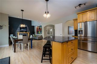 Photo 16: 1548 STRATHCONA Drive SW in Calgary: Strathcona Park Detached for sale : MLS®# C4292231
