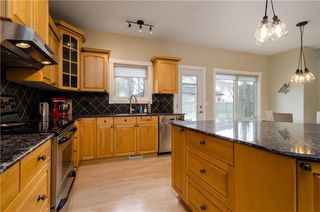 Photo 15: 1548 STRATHCONA Drive SW in Calgary: Strathcona Park Detached for sale : MLS®# C4292231