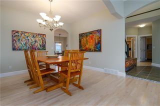 Photo 8: 1548 STRATHCONA Drive SW in Calgary: Strathcona Park Detached for sale : MLS®# C4292231