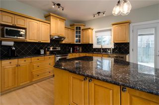 Photo 13: 1548 STRATHCONA Drive SW in Calgary: Strathcona Park Detached for sale : MLS®# C4292231