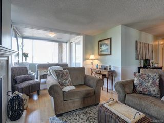 Photo 4: 204 640 Montreal St in Victoria: Vi James Bay Condo for sale : MLS®# 839783