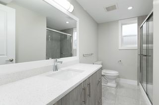 Photo 11: 2587 E 6TH Avenue in Vancouver: Renfrew VE House for sale (Vancouver East)  : MLS®# R2498471
