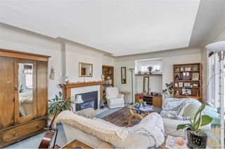 Main Photo: 1491 Myrtle Ave in : Vi Hillside House for sale (Victoria)  : MLS®# 860941