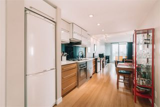 "Photo 3: 702 718 MAIN Street in Vancouver: Strathcona Condo for sale in ""Ginger"" (Vancouver East)  : MLS®# R2525569"