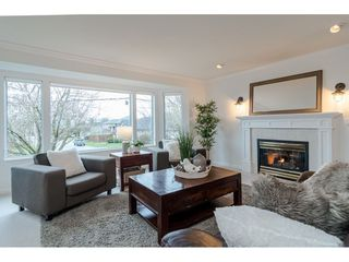 """Photo 4: 21820 46 Avenue in Langley: Murrayville House for sale in """"Murrayville"""" : MLS®# R2528358"""