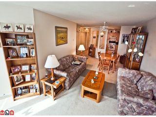 """Photo 3: 509 12101 80 Avenue in Surrey: Queen Mary Park Surrey Condo for sale in """"SURREY TOWN MANOR"""" : MLS®# F1109543"""