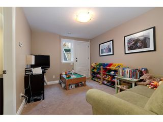 Photo 9: 2549 W 41ST Avenue in Vancouver: Kerrisdale House 1/2 Duplex for sale (Vancouver West)  : MLS®# V906143