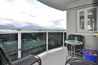 "Photo 9: 701 1833 FRANCES Street in Vancouver: Hastings Condo for sale in ""PANORAMA GARDENS"" (Vancouver East)  : MLS®# V913145"