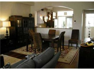 """Photo 1: 995 W 38TH Avenue in Vancouver: Cambie Townhouse for sale in """"HAMLIN MEWS"""" (Vancouver West)  : MLS®# V918301"""
