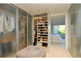 """Photo 7: 3921 W 12TH Avenue in Vancouver: Point Grey House for sale in """"POINT GREY"""" (Vancouver West)  : MLS®# V924833"""
