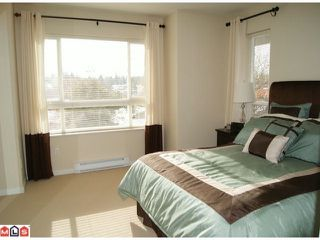 """Photo 6: 13 5255  201A ST in Langley: Langley City Townhouse for sale in """"Kensington Court"""" : MLS®# F1128048"""