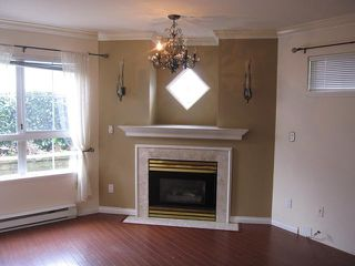 "Photo 4: 116 2970 PRINCESS Crescent in Coquitlam: Canyon Springs Condo for sale in ""MONTCLAIRE"" : MLS®# V1057911"