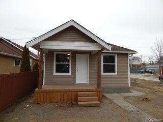 Photo 1: 257 Kilbride Avenue in WINNIPEG: West Kildonan / Garden City Residential for sale (North West Winnipeg)  : MLS®# 1408120