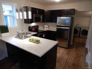 Photo 2: 257 Kilbride Avenue in WINNIPEG: West Kildonan / Garden City Residential for sale (North West Winnipeg)  : MLS®# 1408120
