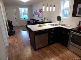 Photo 3: 257 Kilbride Avenue in WINNIPEG: West Kildonan / Garden City Residential for sale (North West Winnipeg)  : MLS®# 1408120