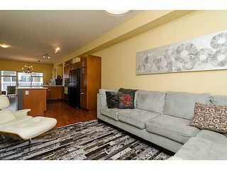 "Photo 3: 38 935 EWEN Avenue in New Westminster: Queensborough Townhouse for sale in ""COOPER'S LANDING"" : MLS®# V1063837"