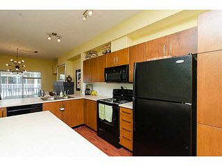 "Photo 4: 38 935 EWEN Avenue in New Westminster: Queensborough Townhouse for sale in ""COOPER'S LANDING"" : MLS®# V1063837"