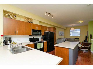"Photo 5: 38 935 EWEN Avenue in New Westminster: Queensborough Townhouse for sale in ""COOPER'S LANDING"" : MLS®# V1063837"