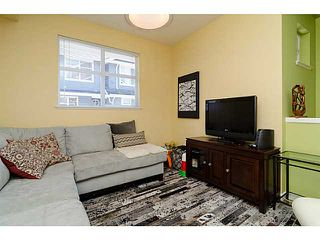 "Photo 2: 38 935 EWEN Avenue in New Westminster: Queensborough Townhouse for sale in ""COOPER'S LANDING"" : MLS®# V1063837"