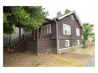 "Photo 2: 3696 W 2ND Avenue in Vancouver: Kitsilano House for sale in ""Kitsilano"" (Vancouver West)  : MLS®# V1090176"