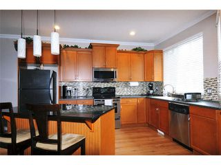 "Photo 7: 5 11720 COTTONWOOD Drive in Maple Ridge: Cottonwood MR Townhouse for sale in ""COTTONWOOD GREEN"" : MLS®# V1106840"