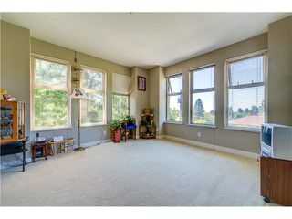 """Photo 3: 201 188 W 29TH Street in North Vancouver: Upper Lonsdale Condo for sale in """"VISTA 29"""" : MLS®# V1129015"""