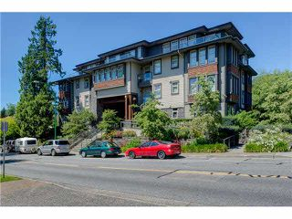 """Photo 1: 201 188 W 29TH Street in North Vancouver: Upper Lonsdale Condo for sale in """"VISTA 29"""" : MLS®# V1129015"""