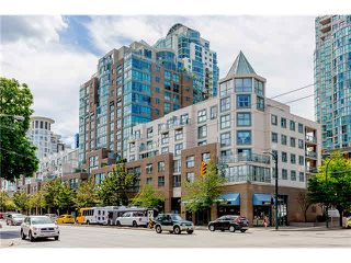 "Photo 2: 1304 1159 MAIN Street in Vancouver: Mount Pleasant VE Condo for sale in ""CITY GATE II"" (Vancouver East)  : MLS®# V1136462"