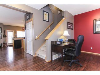 Photo 5: 381 ELGIN Way SE in Calgary: McKenzie Towne House for sale : MLS®# C4036653