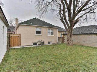 Photo 10: 19A Venn Crest in Toronto: Keelesdale-Eglinton West House (2-Storey) for sale (Toronto W03)  : MLS®# W3377010