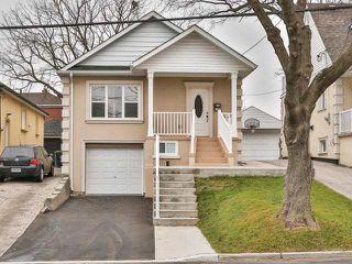 Photo 1: 19A Venn Crest in Toronto: Keelesdale-Eglinton West House (2-Storey) for sale (Toronto W03)  : MLS®# W3377010