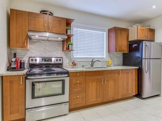 Photo 16: 19A Venn Crest in Toronto: Keelesdale-Eglinton West House (2-Storey) for sale (Toronto W03)  : MLS®# W3377010