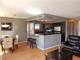 Photo 6: 114 Dubois Place in Winnipeg: Fort Garry / Whyte Ridge / St Norbert Residential for sale (South Winnipeg)  : MLS®# 1613722