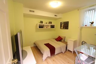 Photo 19: 49 6700 Rumble Street in Francisco Lane: Home for sale